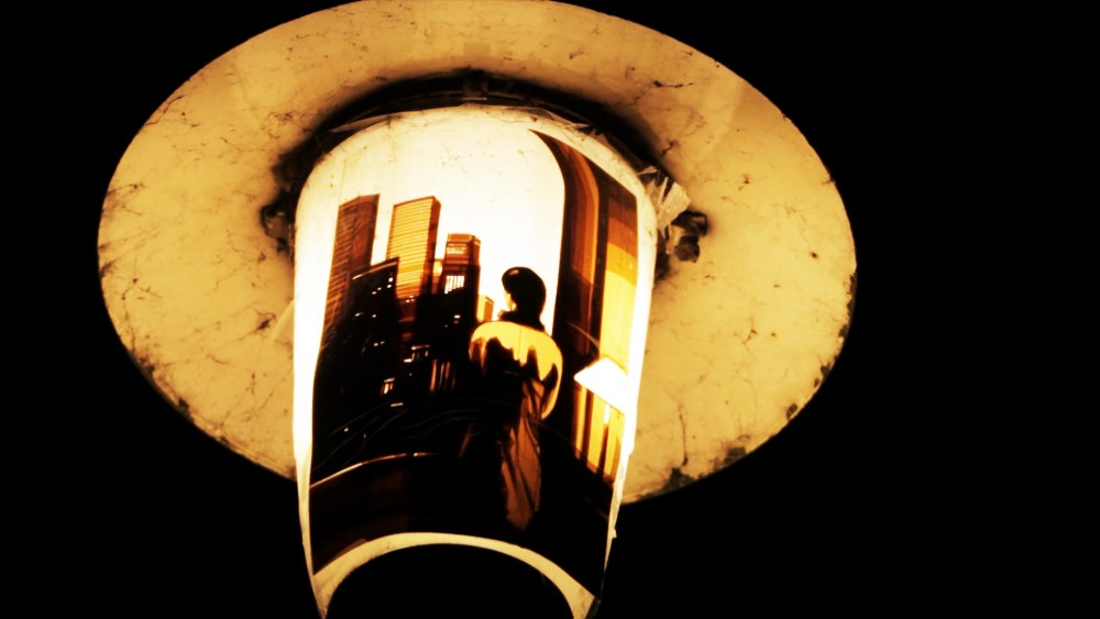 Artwork made of packing tape hung up on a street lamp in Germany by Max Zorn. Kunst mit Klebeband, art du ruban